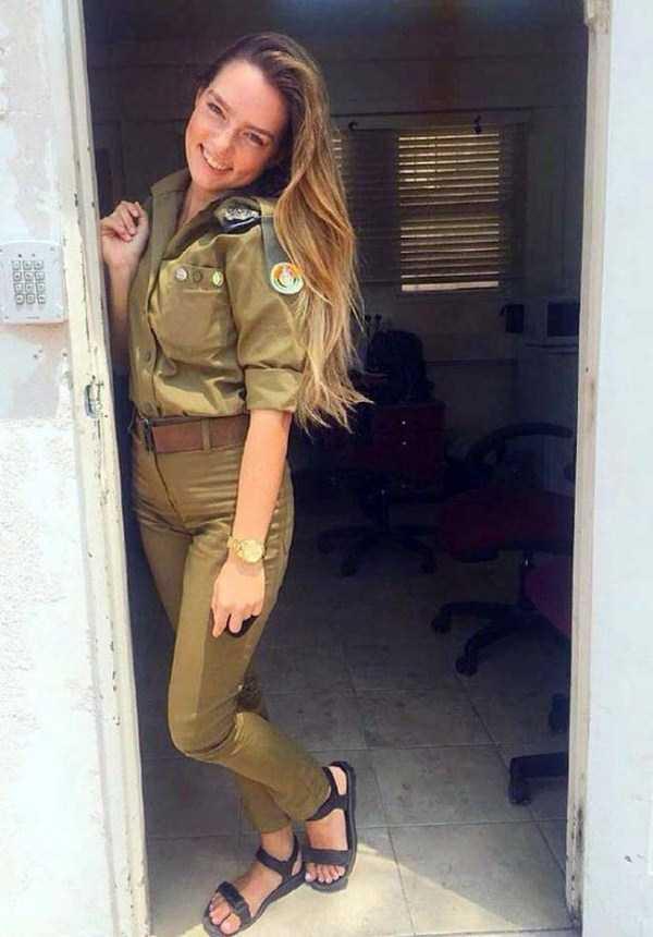 hot-girls-israeli-army-30