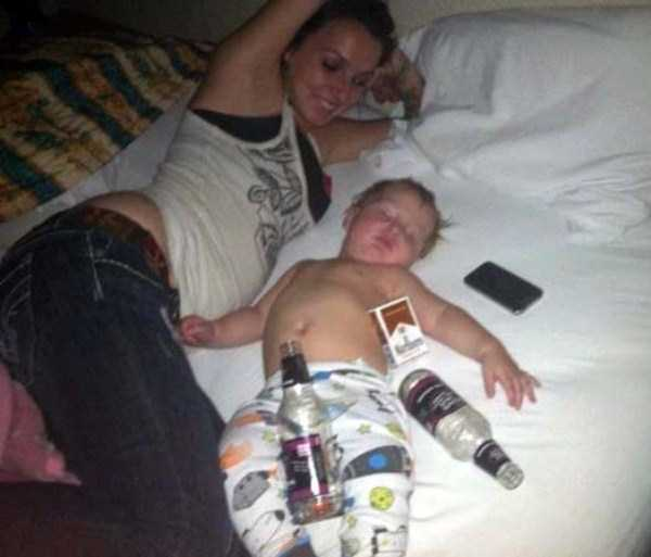 irresponsible-shameless-mothers-27