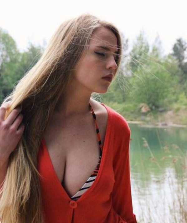 oksana-neveselaya-sexy-math-teacher-37
