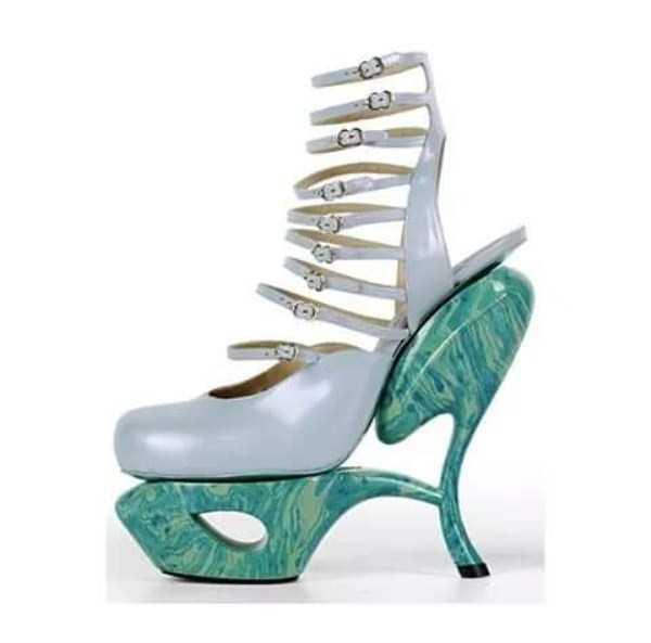 bizarre-women-shoes-11