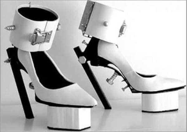 bizarre-women-shoes-13