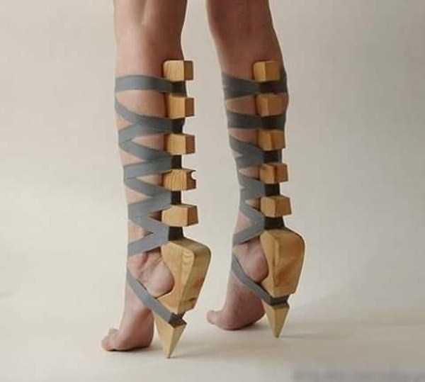 bizarre-women-shoes-18