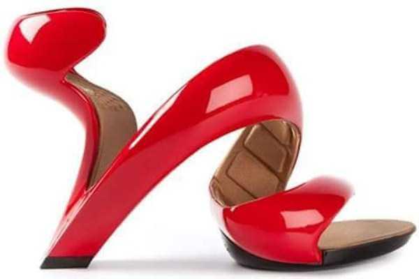 bizarre-women-shoes-23