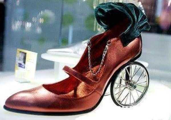 bizarre-women-shoes-27