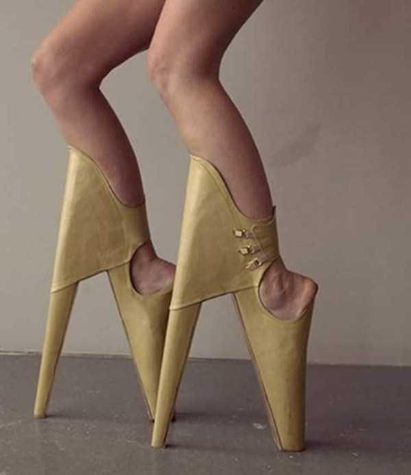 bizarre-women-shoes-3