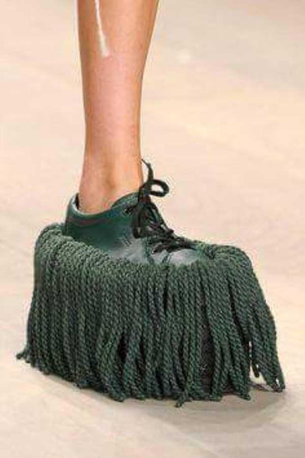 bizarre-women-shoes-7