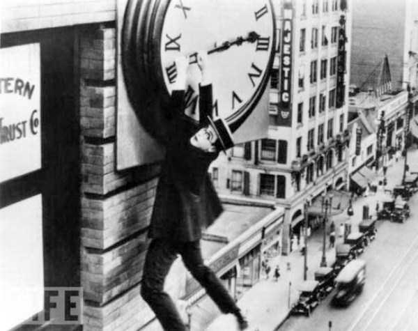crazy-stunts-from-the-past-20