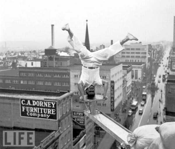 crazy-stunts-from-the-past-22
