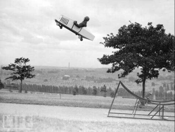 crazy-stunts-from-the-past-28