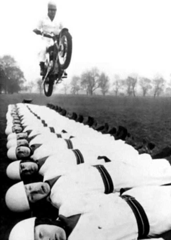 crazy-stunts-from-the-past-36