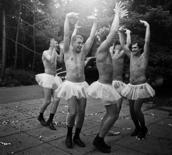 men-having-fun-5