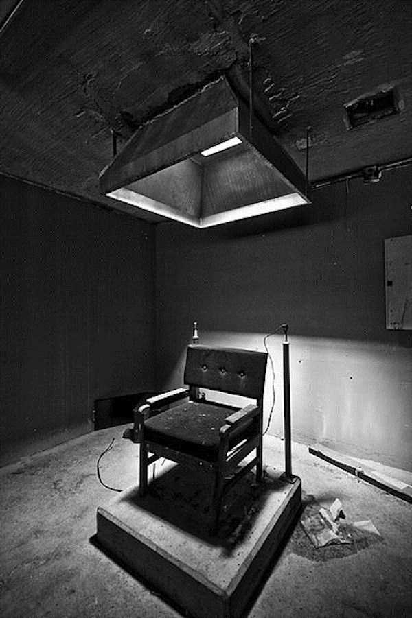 pics-of-abandoned-prisons-13