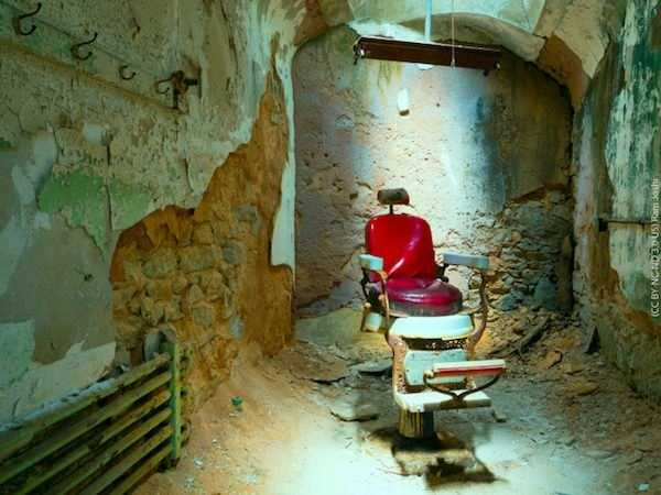 pics-of-abandoned-prisons-9