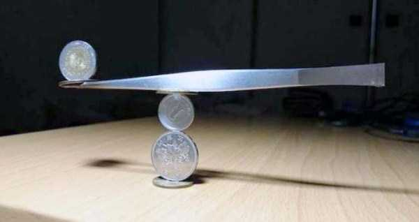 amazing-coin-stacking (1)