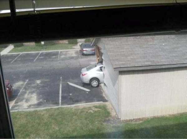 bizarre-car-accidents-10