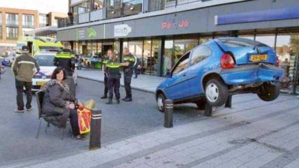 bizarre-car-accidents-17