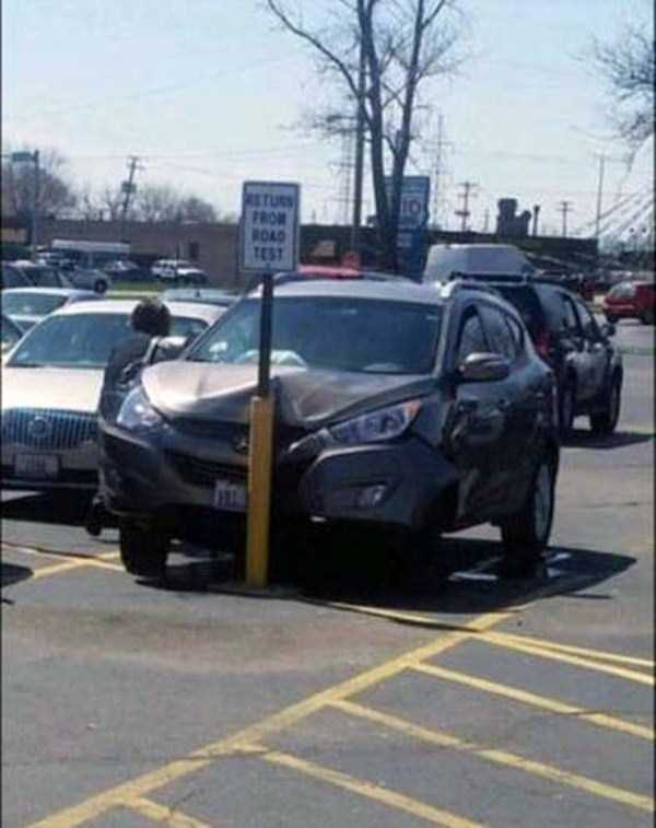 bizarre-car-accidents-25