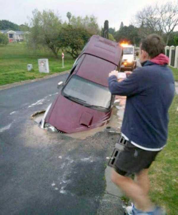 bizarre-car-accidents-26