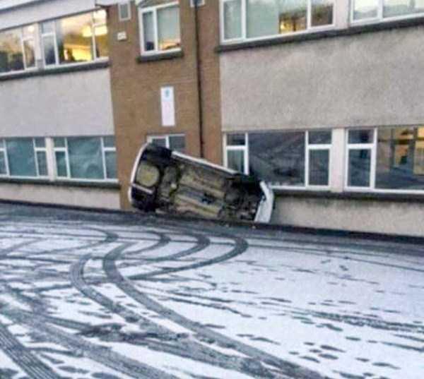 bizarre-car-accidents-27