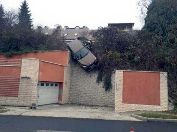 bizarre-car-accidents-29