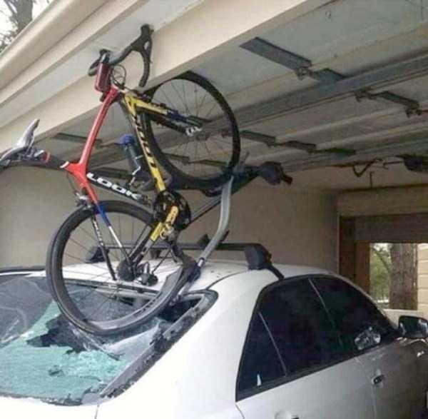 bizarre-car-accidents-37