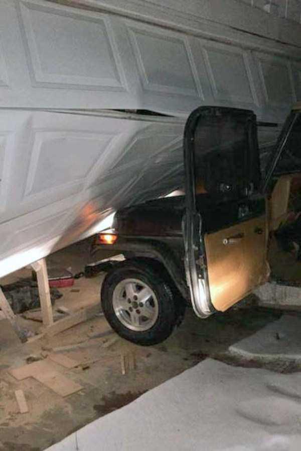 bizarre-car-accidents-4