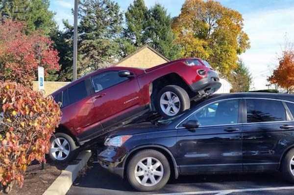 bizarre-car-accidents-6