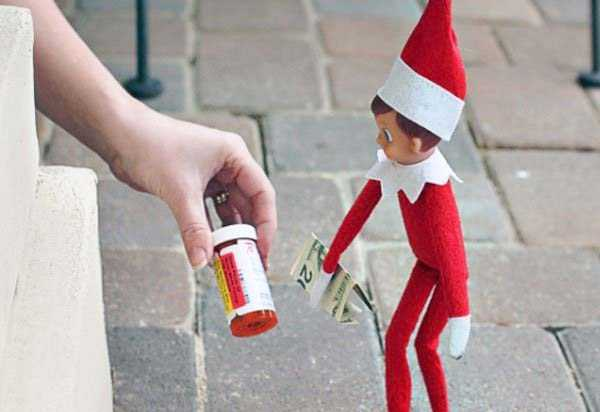 naughty-elf-on-the-shelf-24