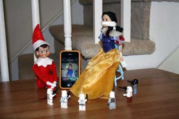 naughty-elf-on-the-shelf-31