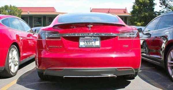 Girls Electric Car >> funny-tesla-cars-plates (5) | KLYKER.COM