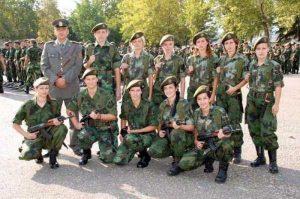 serbian-army-girls (19)
