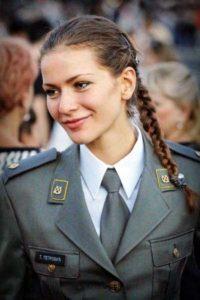 serbian-army-girls (24)