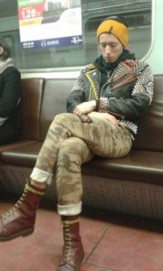 wtf-subway-fashion (14)