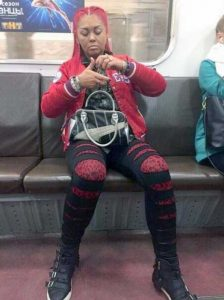 wtf-subway-fashion (21)