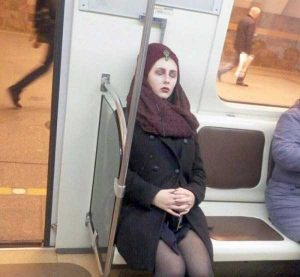 wtf-subway-fashion (25)
