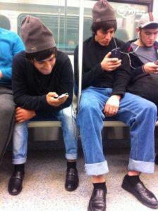 wtf-subway-fashion (3)