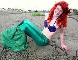 funny-mermaids-pics (11)