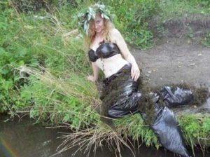 funny-mermaids-pics (8)