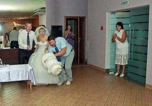 funny-wedding-pics (19)