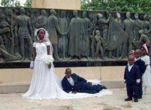 funny-wedding-pics (21)