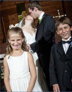 funny-wedding-pics (28)