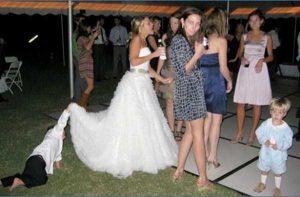 funny-wedding-pics (30)