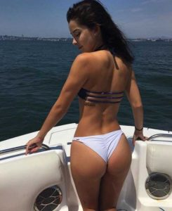 sexy-girls-on-boats (35)