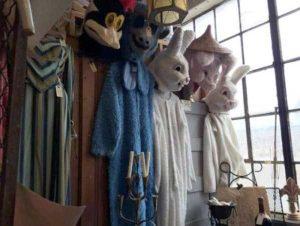 weird-things-thrift-stores (10)