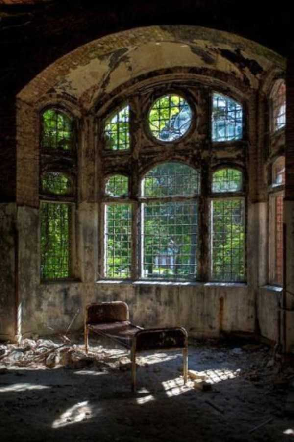 abandoned-places-pics (10)