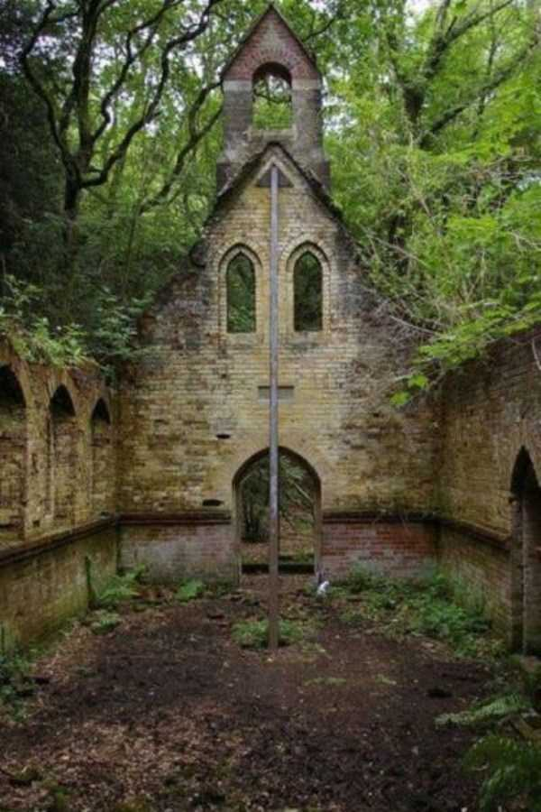 abandoned-places-pics (23)