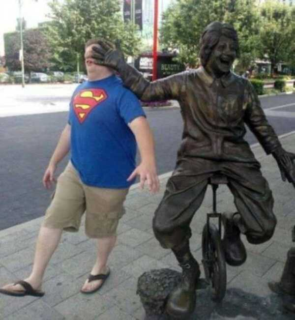 fun-with-statues (17)