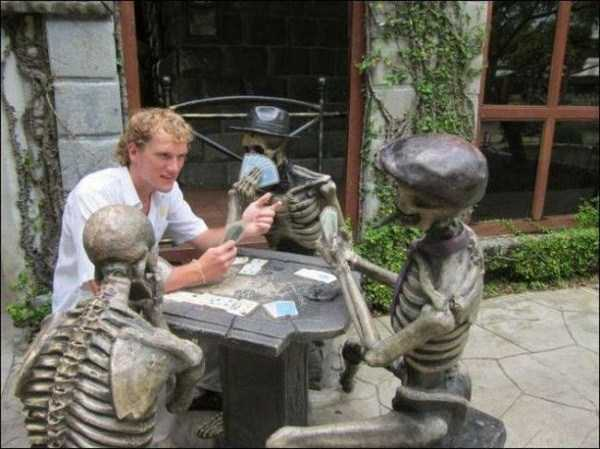 fun-with-statues (46)