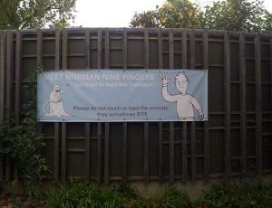 funny-zoo-signs (11)