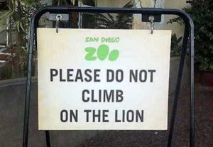 funny-zoo-signs (23)